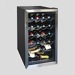 Husky HM39 Lockable Wine and Beer Drinks Fridge